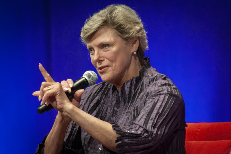 Cokie Roberts answers audience questions as part of the 2018 Levitt Lecture