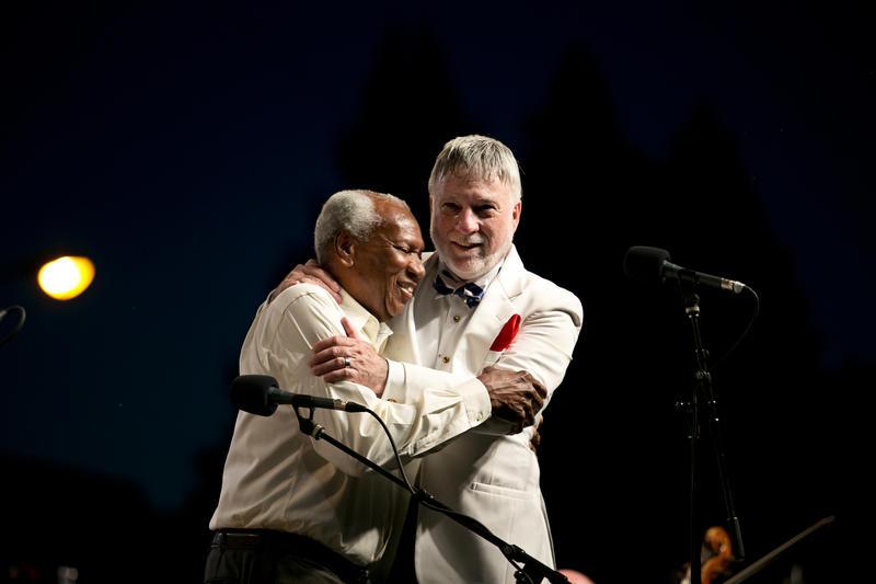 Simon Estes and Maestro Giunta