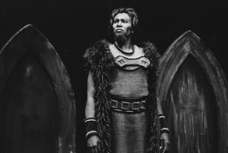 Simon Estes as Hagen in Wagner's Gotterdammerung, Seattle, 1977