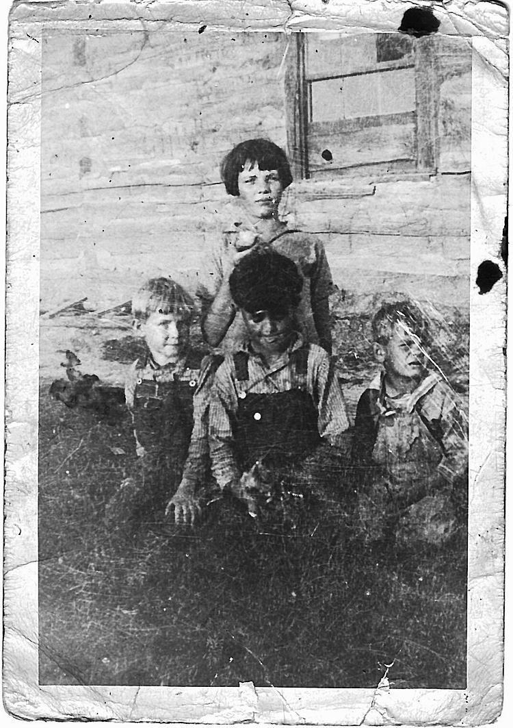 rural iowa women in the 1920s