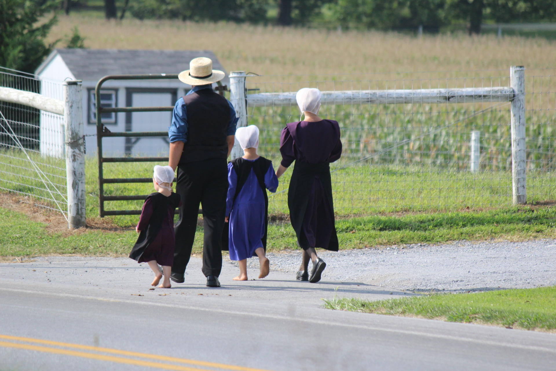 amish culture Though most of these revelations were true, the original breaking amish cast,  who are now all living in the english world, continues to defend.