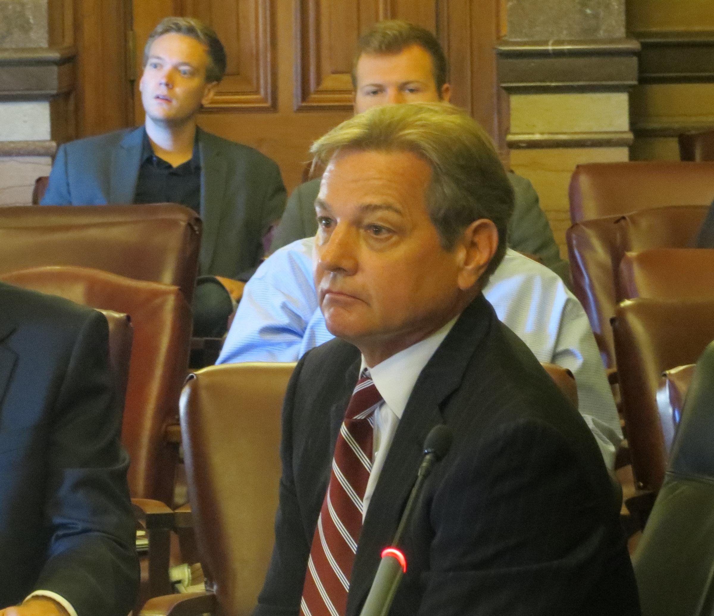 Union Lawyer Warns of Lawsuits on Overtime Pay   Iowa ...