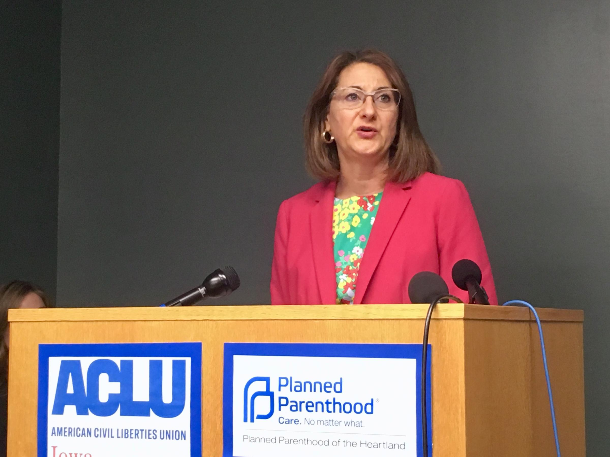 Iowa Court Blocks 72-Hour Waiting Period for Abortion