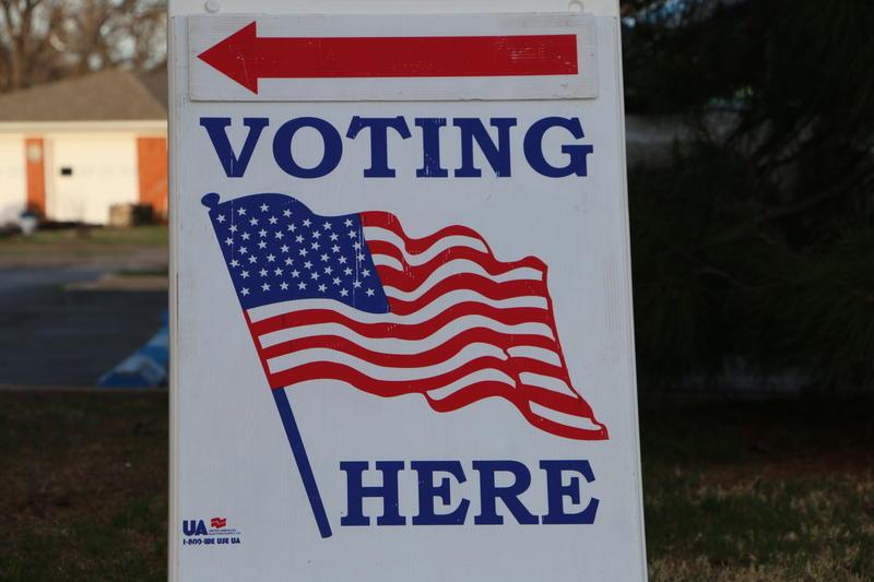 Sign directing Abilene voters.
