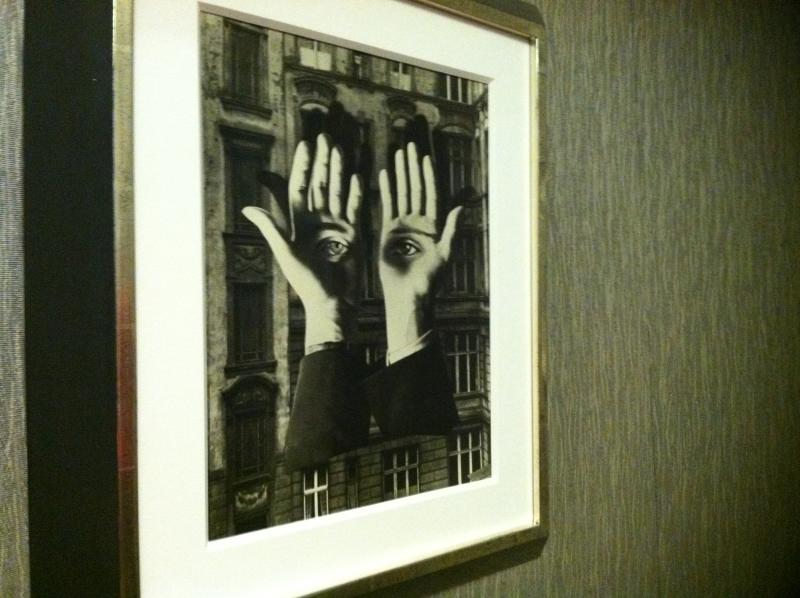 """fotomontagen: lonely metropolitan"" 1932"