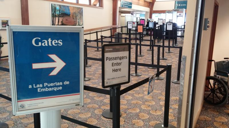Sign and TSA Check-in at the Aspen Airport - January 6th, 2014