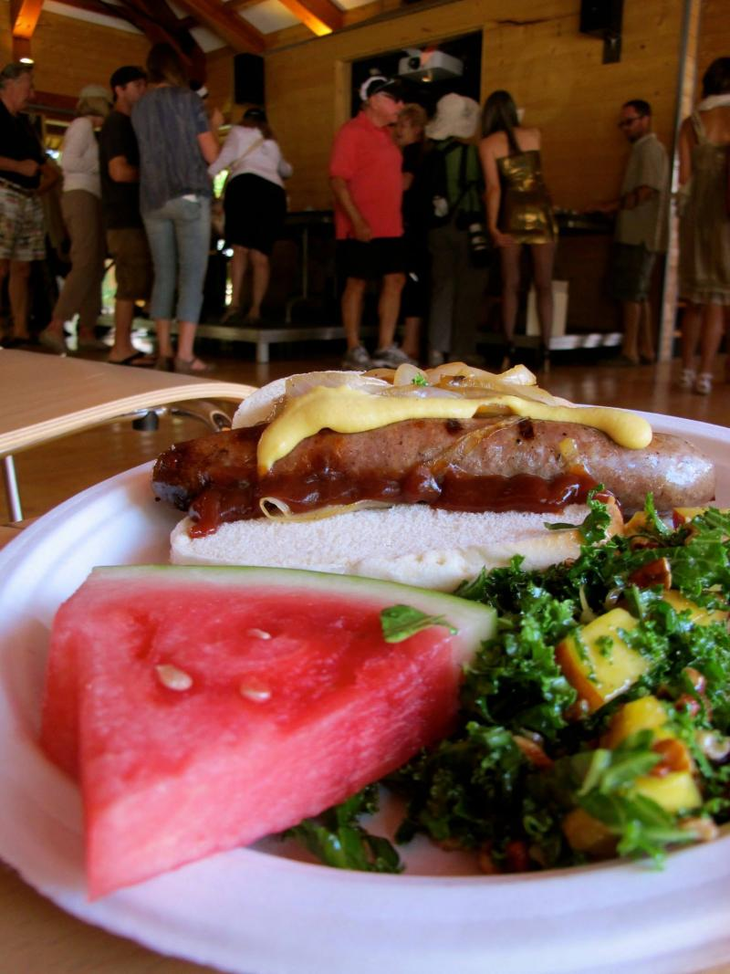 The ranch cafe serves a BBQ lunch before the auctionette.