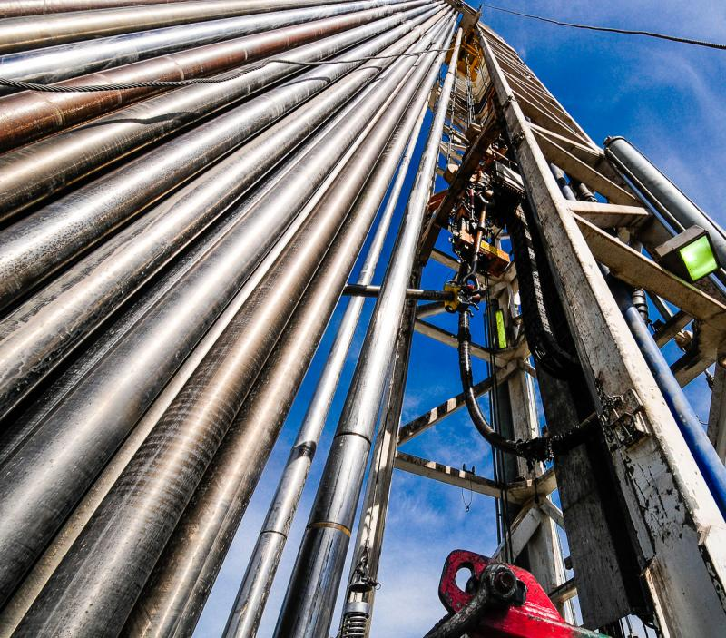 Stacked drill pipe in the derrick of H&P 318 rig.