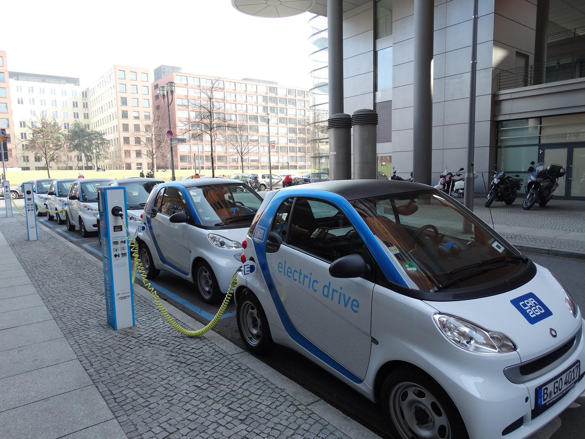 Gov Announces Plans To Expand Ev Charging Stations