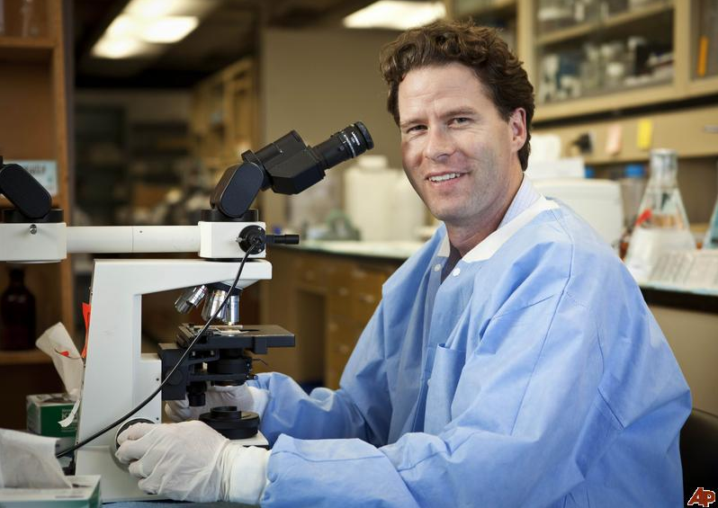 UCSF neuroscientist William Seeley was named a 2011 MacArthur fellow