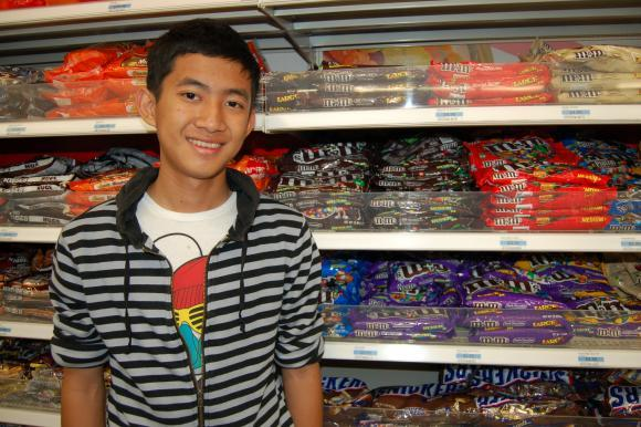 Ja Tu Marip, a refugee from Myanmar, is learning how to maintain a balanced diet in America.