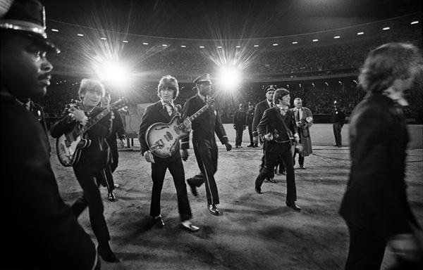 1966 - Candlestick Park - The Beatles Last Concert (highlighted story below)