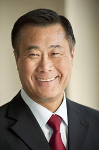 State Senator Leland Yee, sponsor of SB9