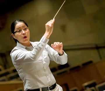 Conductor Jessica Bejarano