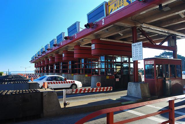 The toll booths on Golden Gate Bridge will no longer be staffed by humans during a testing period starting today.