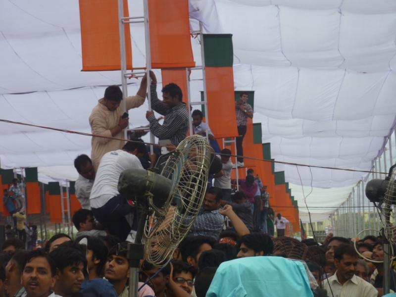 Crowds at Modi rally in New Delhi