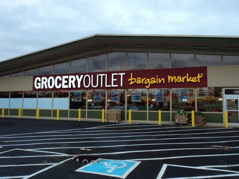 The discount supermarket Grocery Outlet is opening a new store in San Francisco's Visitacion Valley neighborhood.