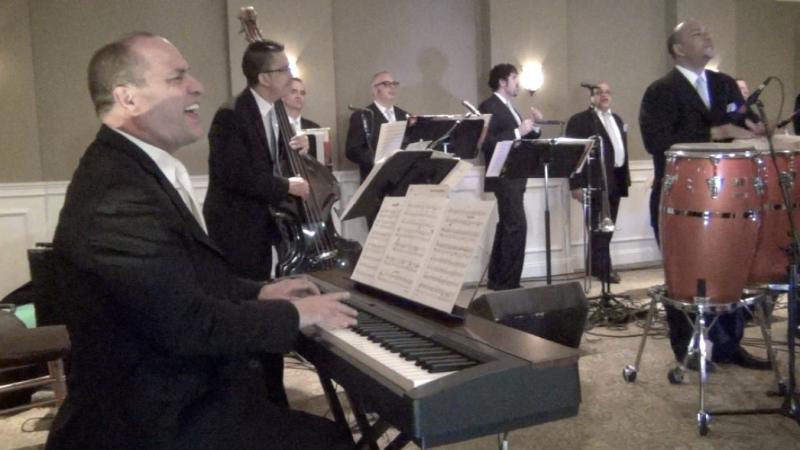 Oscar Hernandez with the Spanish Harlem Orchestra