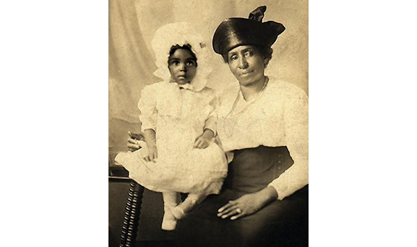 Afi's grandmother (the ultra-adorable one on the left)