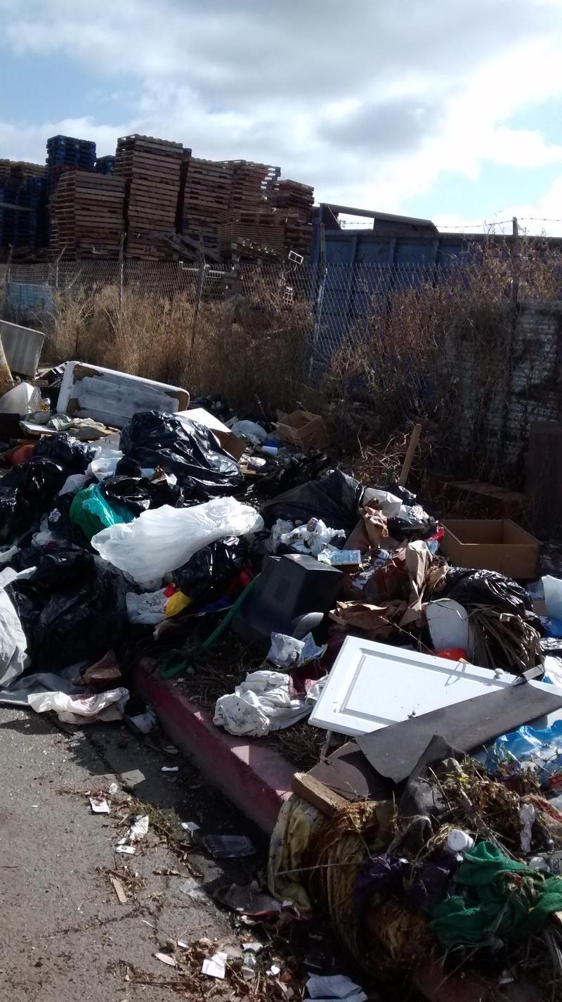 Dumped stuff in East Oakland