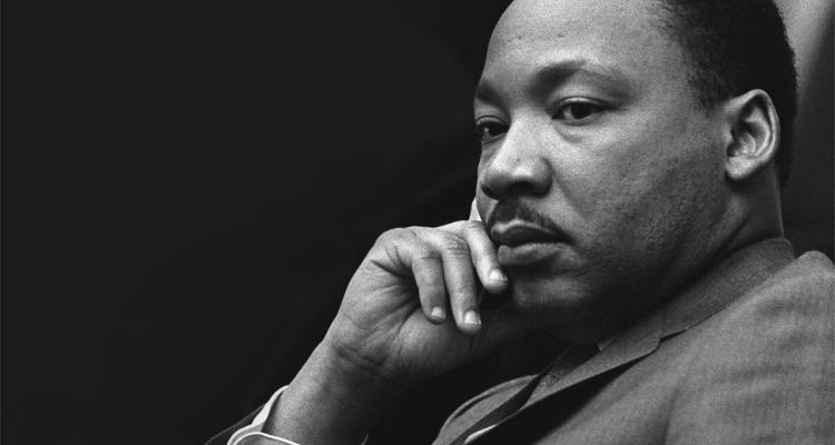 the role and significance of martin luther king jr in the black rights movement