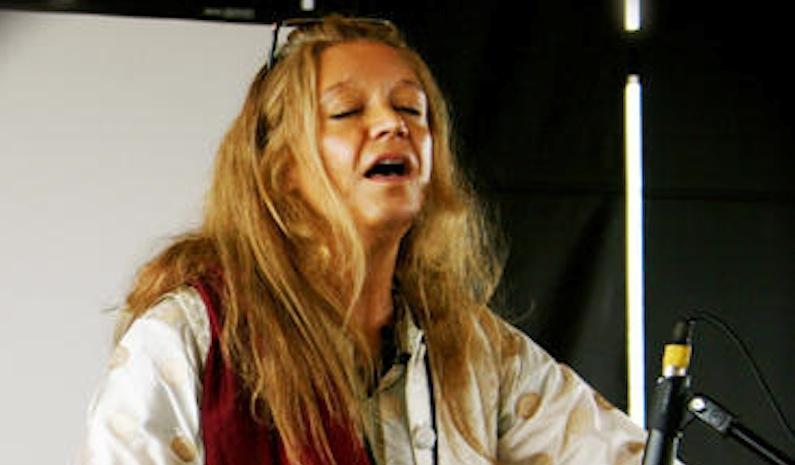 Musician Silvia Nakkach