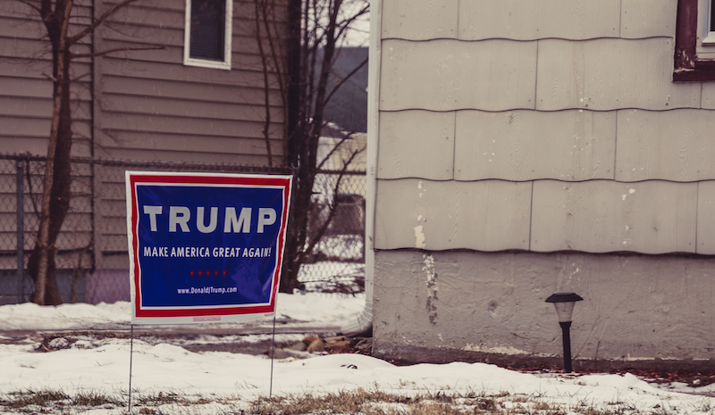 """Trump 2016 Campaign Sign - 'Make America Great Again',"" by flickr user Tony Webster, used under CC lisense / Resized and cropped"