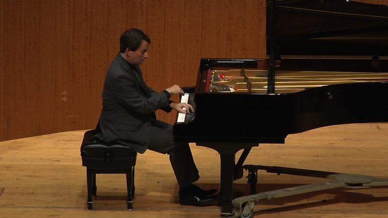 Pianist, Steven Bailey