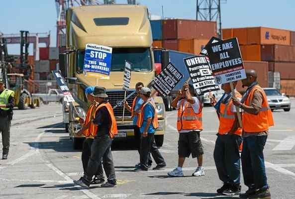 Truck drivers strike at Port of Los Angeles, Long Beach