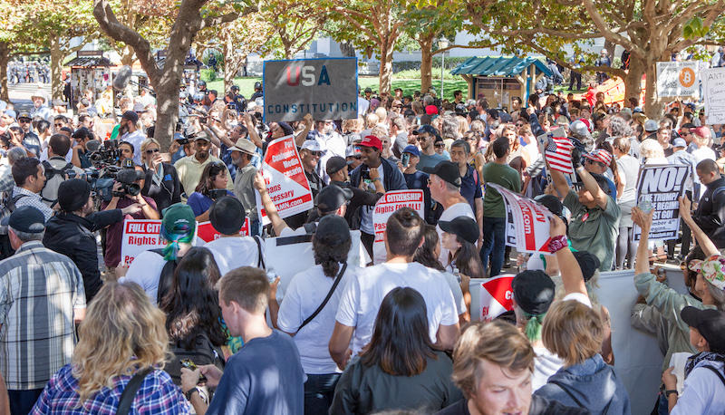 Protesters and supporters of Donald Trump and Milo Yiannopoulos fill Sproul Plaza at UC Berkeley, September 24, 2017.