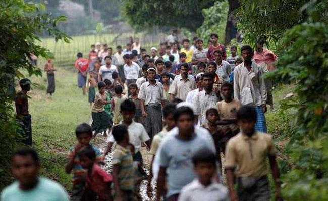 More than 400000 Rohingya Muslims have fled Myanmar since August 25