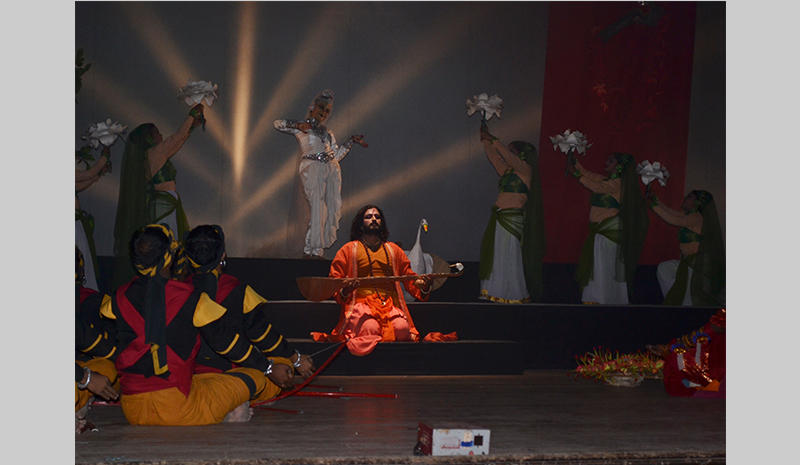 Nigel Akkara in dance drama with Alokananda Roy