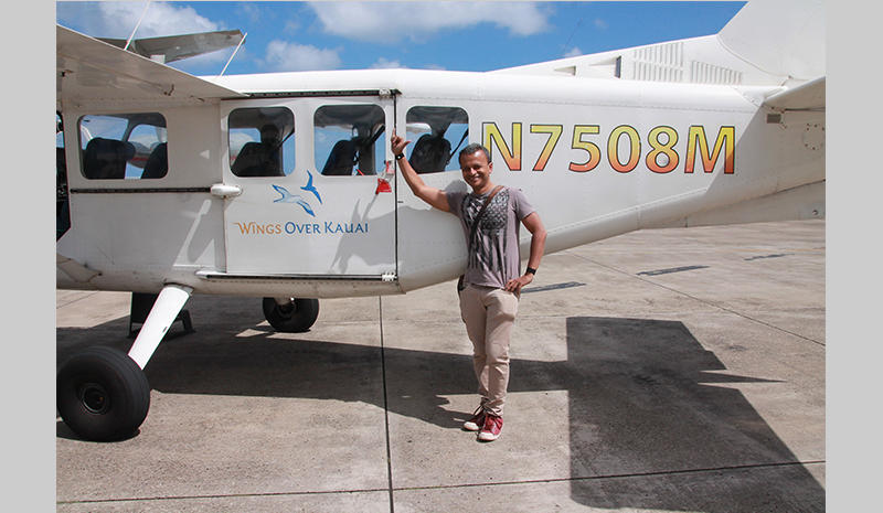 Sandip Roy about to embark on an aerial tour