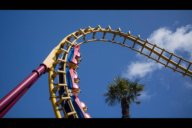 122/365 - Roller Coaster, taken by flickr user Antoine Robiez