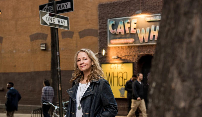 Joan Osborne sings songs of Bob Dylan. Photo credit to George Etheredge for The New York Times. Thank you, George!
