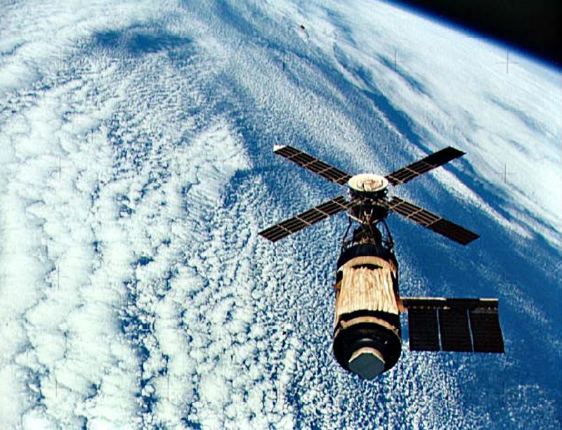 Skylab 1973 (highlighted story below)