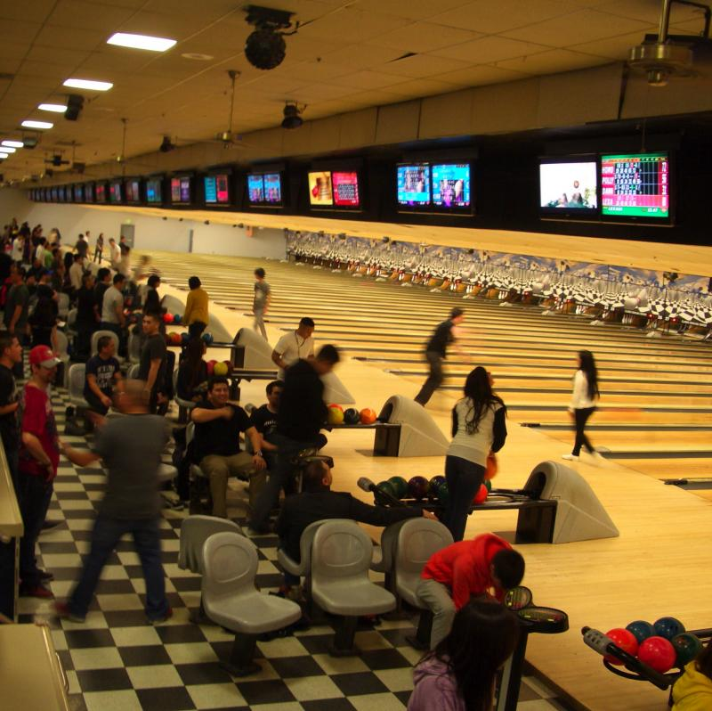 Classic Bowling Center, Daly City
