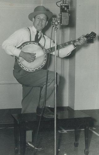 Wade Mainer in the early 1940s, when he and his Sons Of the Mountaineers band were among the most popular acts on the radio.