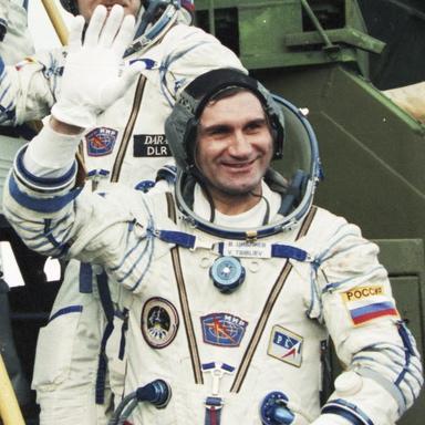 1967 - Vladimir Komarov (highlighted story below)