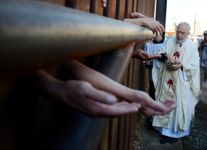 Bishop Kicanas, the Mass at the Border April 1st