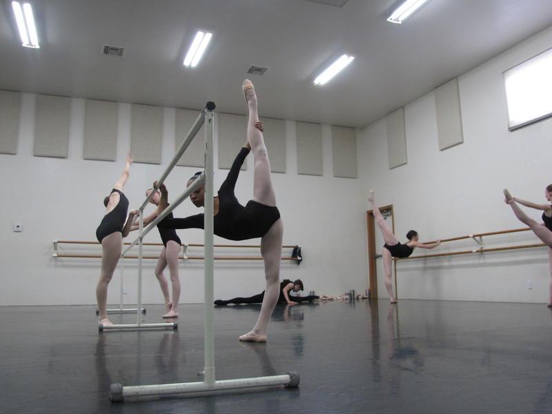 Class at Ballet Yuma