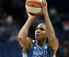Rebekah Brunson & the MN Lynx Beat Indiana last night 80-69 in final regular season road game