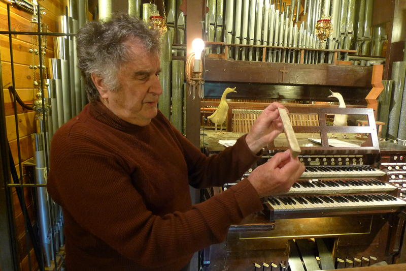 2:00pm: PQ LeBoom, who retired after 56 years at San Lorenzo Valley High school, built a full-scale pipe organ with his students.