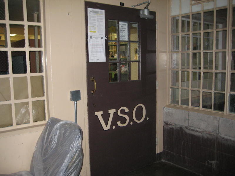 The door to the VSO remains locked during business hours.  Inmates need an appointment for a guard to let them in.