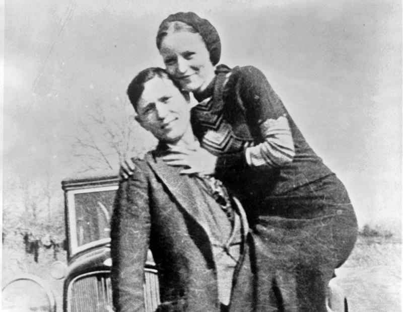 Bonnie Parker and Clyde Barrow, sometime between 1932 and 1934, when their exploits in Arkansas included murder, robbery, and kidnapping.