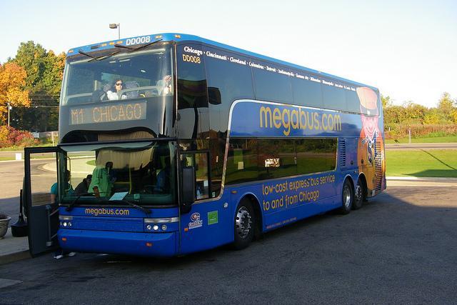 A megabus