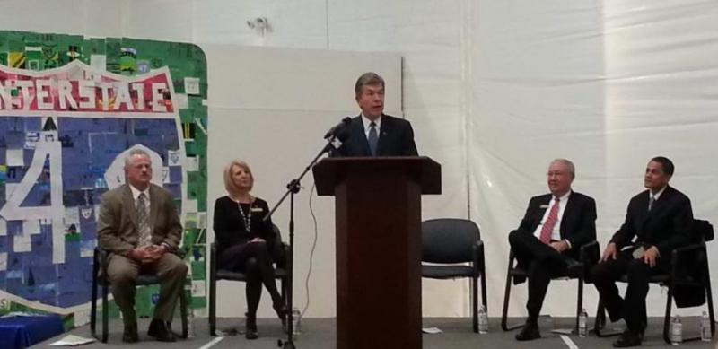 U.S Senator Roy Blunt speaks at a ceremony for I-49 (from L-R): MoDOT Director Kevin Keith, District Engineer Becky Baltz, Chairman of Missouri Highways and Transportation Commission Rudolph E. Farber, and Federal Highway Administration's Victor Mendez