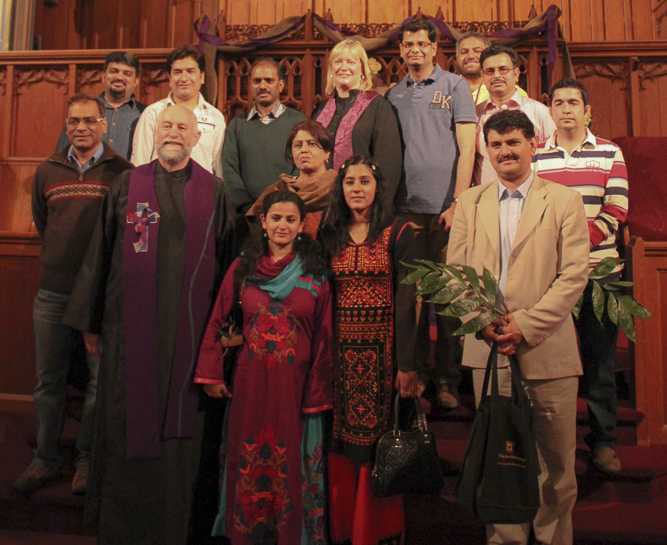 pakistani-journalists-church