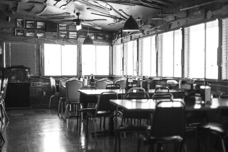 The dining room at the Old Oar House Inn