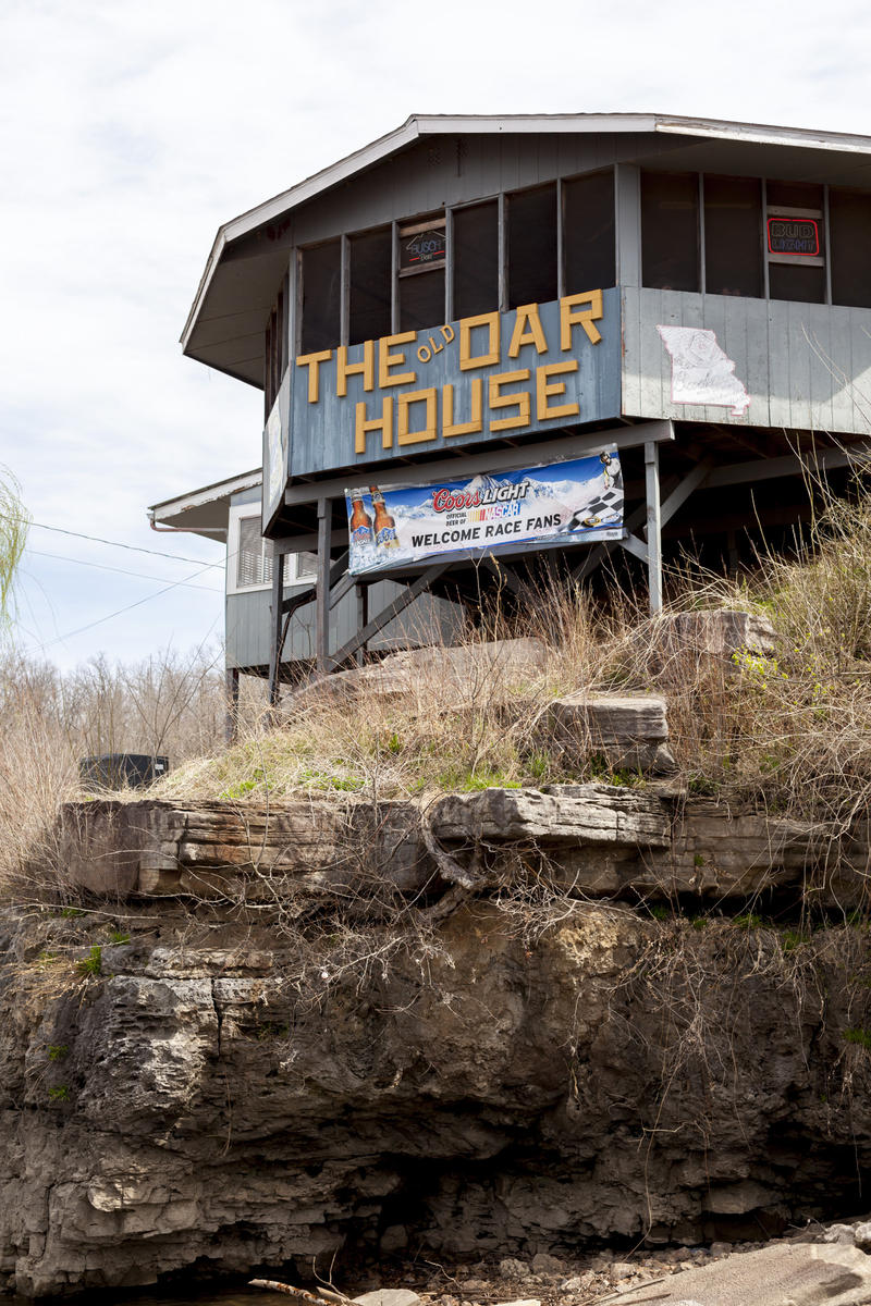 Benton County, Missouri's Old Oar House Inn is a popular outfitter and destination launch site for paddlefish snaggers